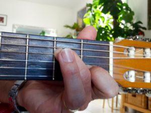 Accord de guitare La mineur 7