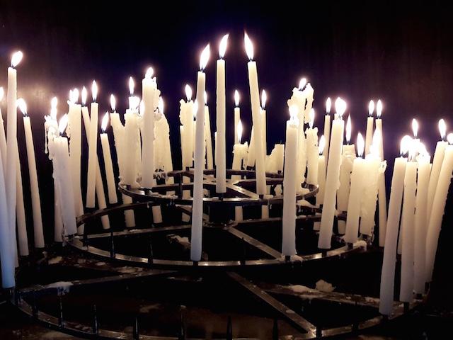 prière et bougies