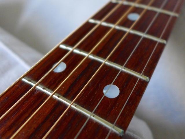 Manche guitare folk Martin